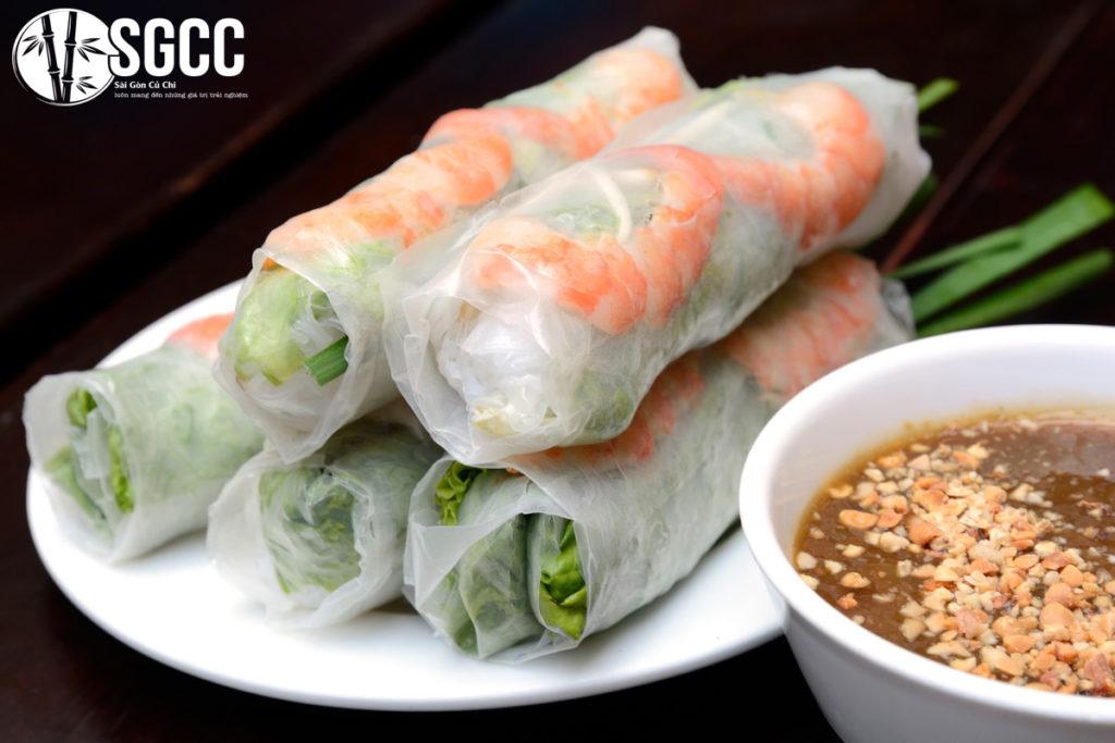 Delicious snacks hard to resist in Saigon