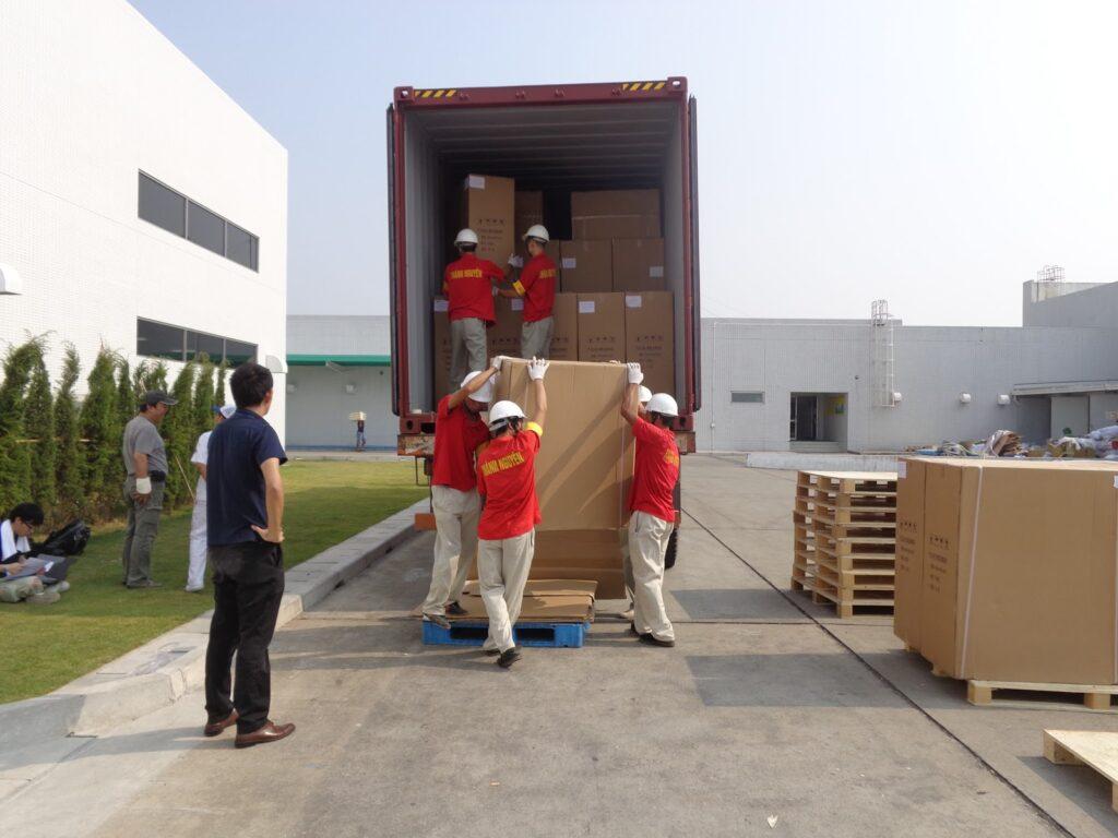 Bốc xếp hàng hóa quận Phú Nhuận, dịch vụ bốc dỡ vận chuyển nhanh chóng