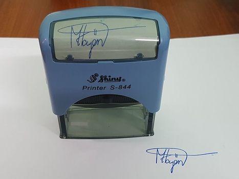 Khắc dấu chữ ký giá rẻ, giao hàng tận nơi nhanh chóng tại TPHCM